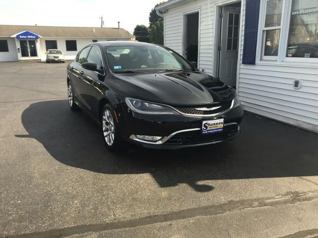 Pre-Owned 2015 Chrysler 200 4dr Sdn C AWD