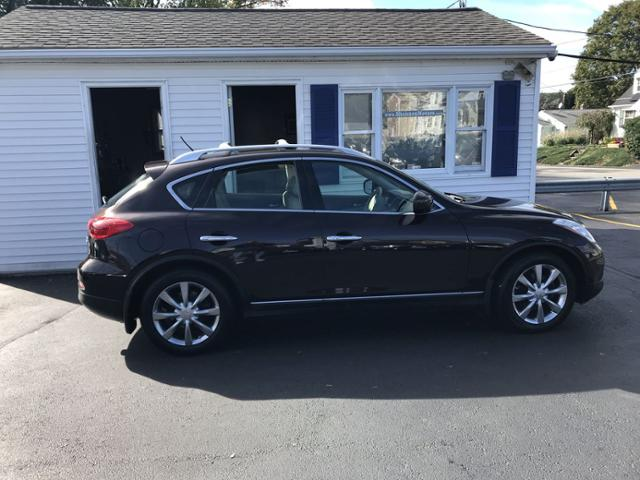 Pre-Owned 2010 INFINITI EX35 AWD 4dr