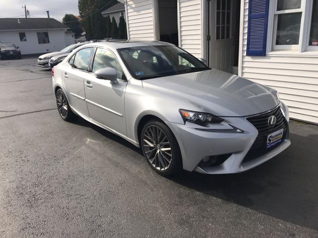 Pre-Owned 2014 Lexus IS 250 4dr Sport Sdn Auto AWD