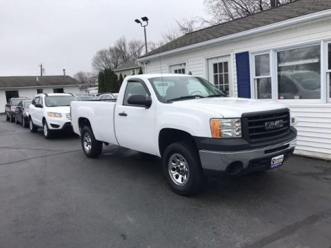 Pre-Owned 2009 GMC Sierra 1500 4WD Reg Cab 133.0 Work Truck