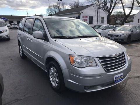 Pre-Owned 2009 Chrysler Town & Country 4dr Wgn Touring